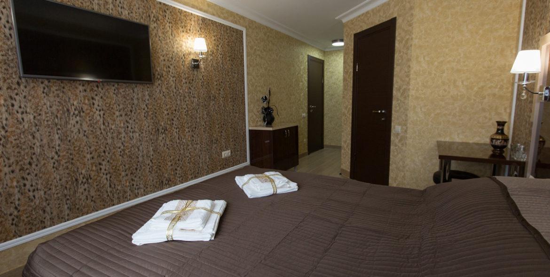 hotel--(32)